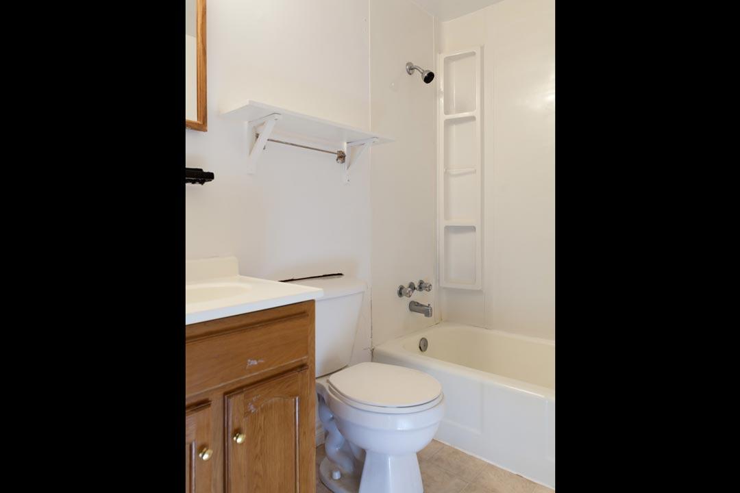 Renovated 2 Bedroom Unit