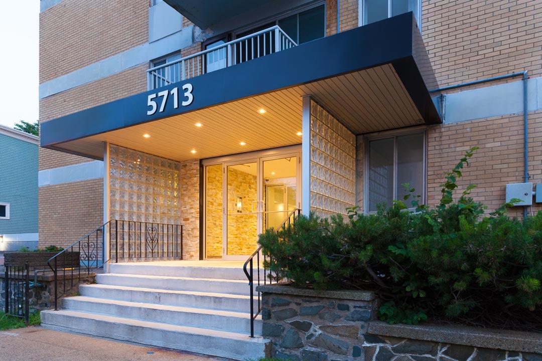 5713 Victoria Road