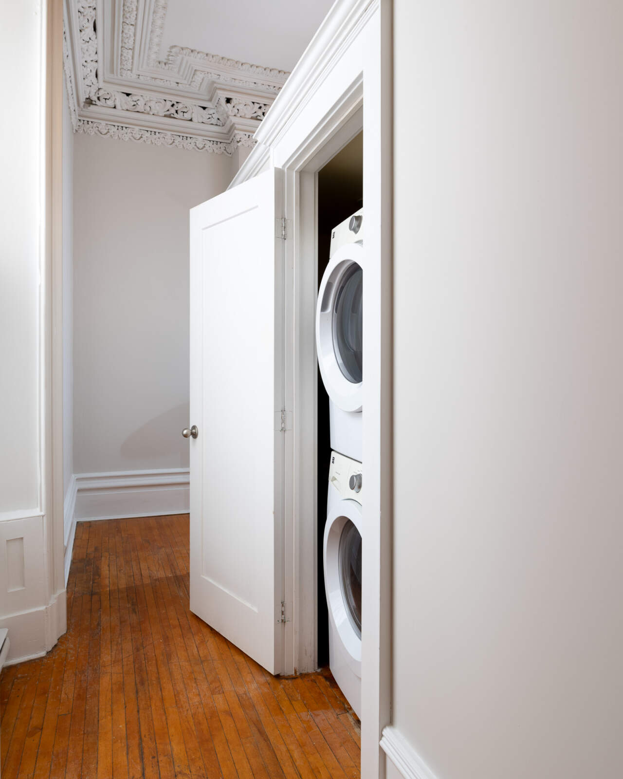 5720 Inglis Street – In-suite Laundry